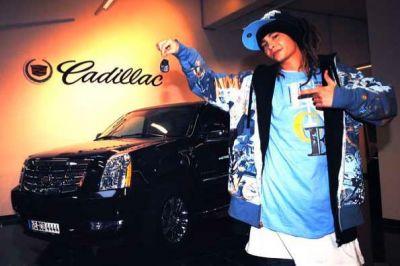 Tom Kaulitz et sa voiture tkhtomsacaisse2